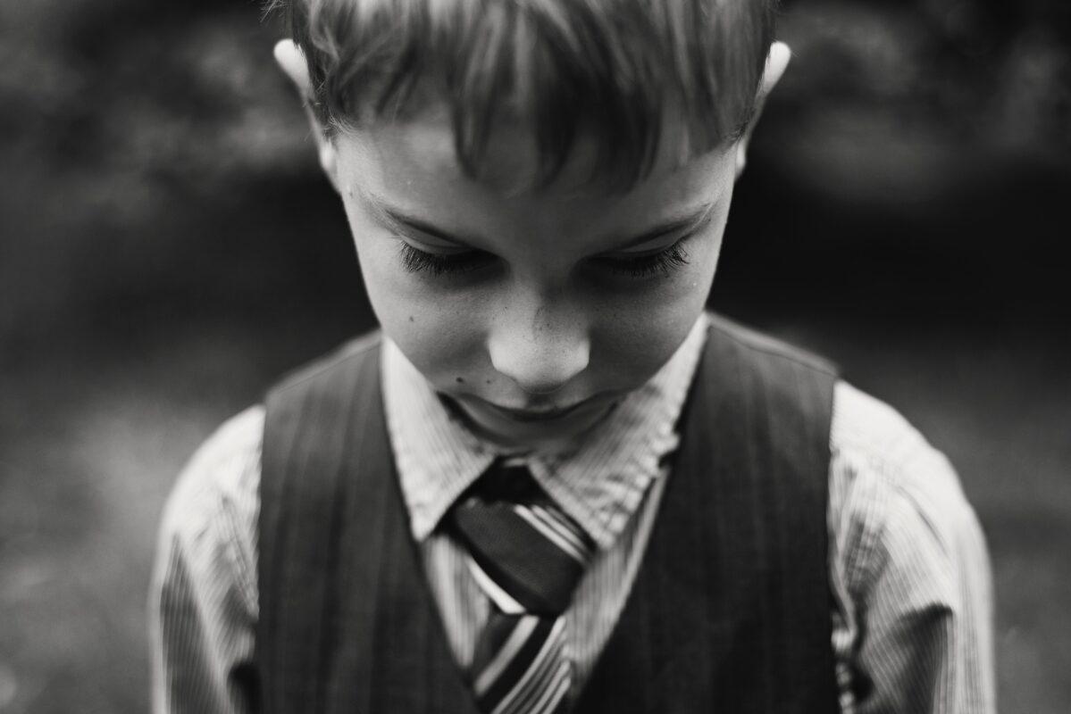 كيفية التعامل مع طفل التوحد العنيد